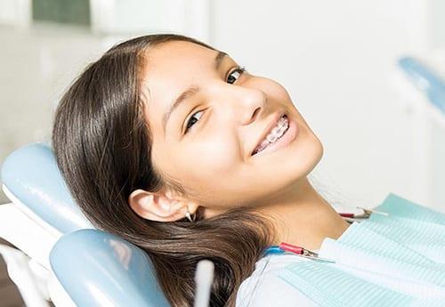 יישור שיניים פנימי